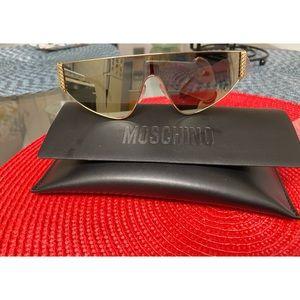NWT Moschino sunglasses